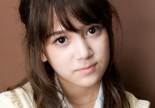 gadis Jepang eks akb48 - mencatat jepang