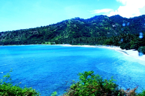 Pantai-Senggigi-Lombok-Nusa-Tenggara-Barat